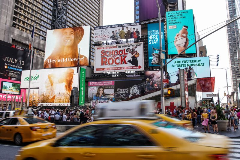 Advertisement while travelling through New York